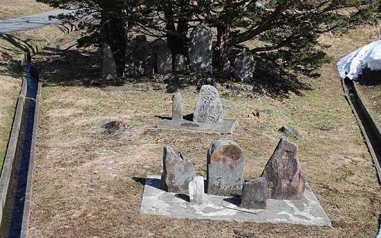 上宮守西風の石碑群